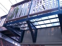 4glass-block-pavers-in-metal-grid