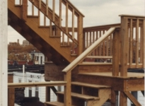 1-stairs-to-deck