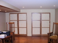 11back-toward-shoji-doors